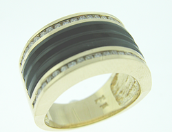Shows a ring which they want inlaid with a black jade which will arch over the top of the ring.