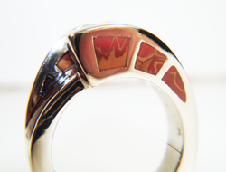 Side view of ring with 9 Jasper inlays.