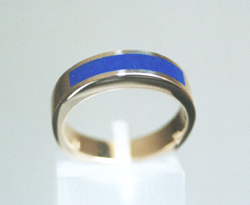 Ring inlaid with blue Lapis across the top.